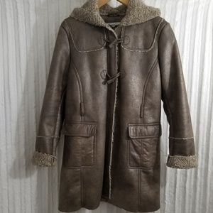 Kenneth Cole new york Coat with hood & sherpa